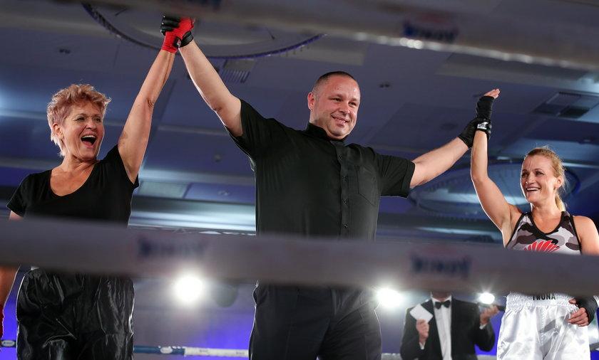 Ewa Kasprzyk podczas walki na Gali Boksu