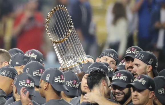 Boston Red Soksi slave MLB titulu