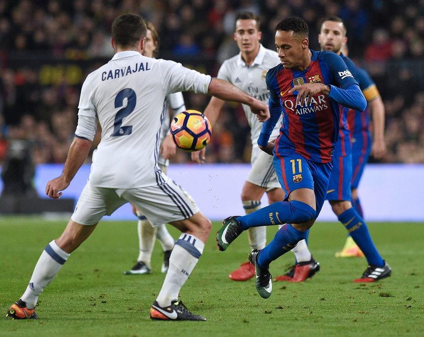 Gran Derbi: Dani Carvajal obraził kibiców Barcelony. Skandaliczny gest