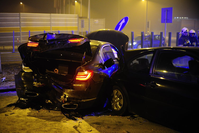Kierowca Macierewicza odpowie za wypadek? Jest śledztwo!