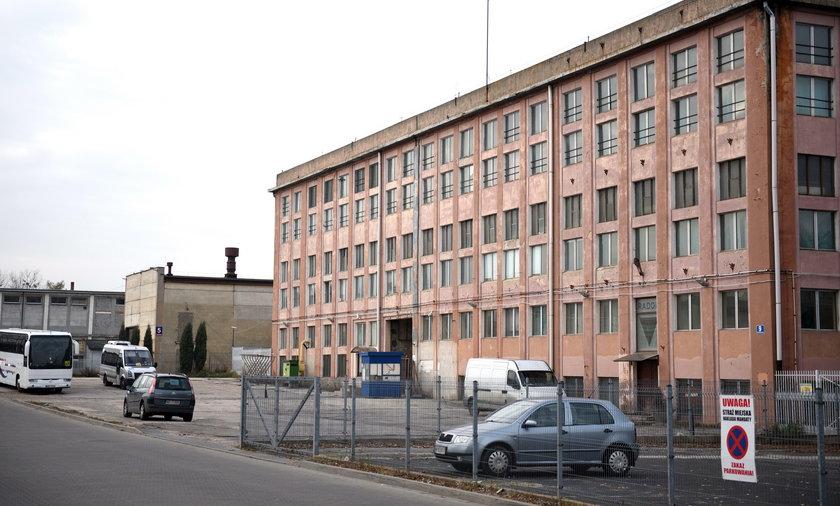 Stary budynek fabryki Łucznik w Radomiu