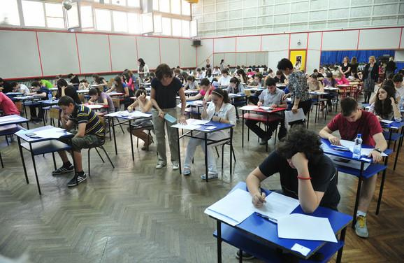 Ispit: Test za malu maturu iz srpskog jezika neće biti poništen