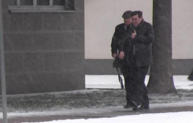 Petrović u pratnji advokata Neškovića dolazi u policiju