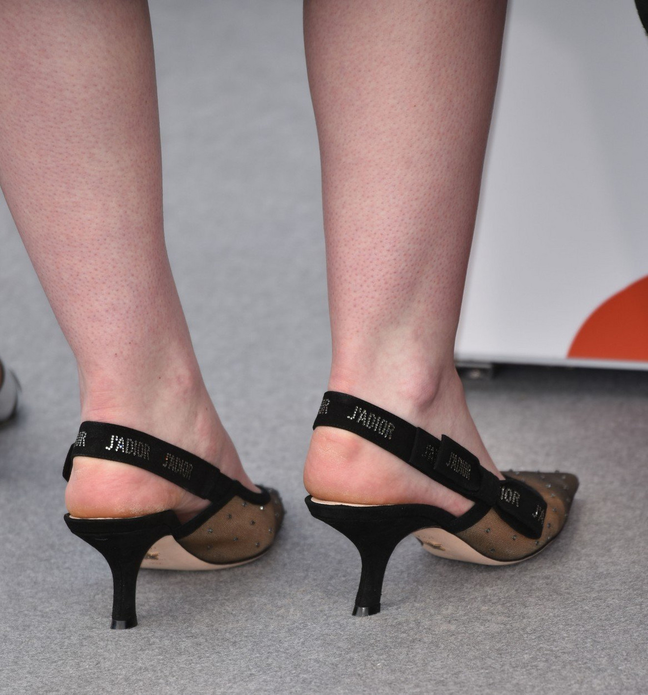 Sandale u prvom planu