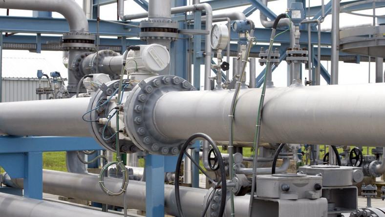 Dostawy gazu do Polski bez przeszkód, choć mniejsze od zamówienia