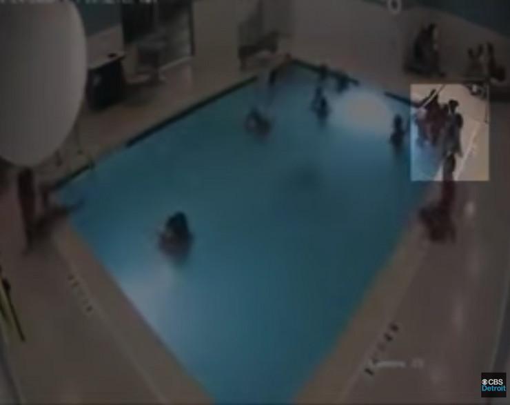 Dečak potonuo u bazenu