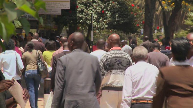 Crowds walk on the streets-of Nairobi in Kenya (Video Blocks)