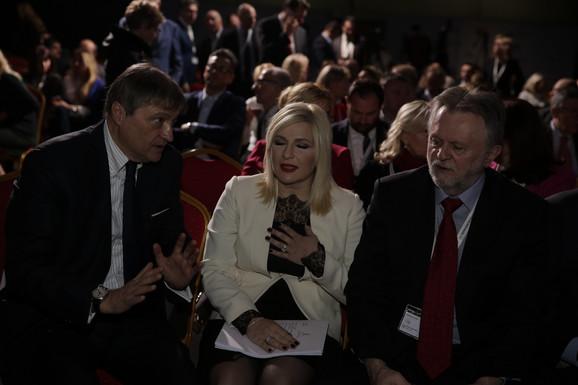 Rado viđen na Srpskom Davosu: Vujović sa Zoranom Mihajlović i Draganom Đuričinom