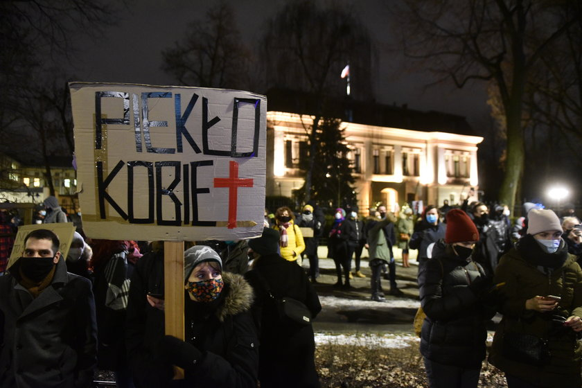 Prof. Andrzej Rzepliński : W wyroku ws. aborcji została naruszona zasada bezstronności