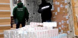 Białorusin przemycał papierosy w 20 tonowym przęśle mostu!