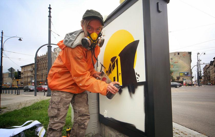 Egon Fietke, łódzki artysta zdecydował się przemalować skrzynki energetyczne na ulicach