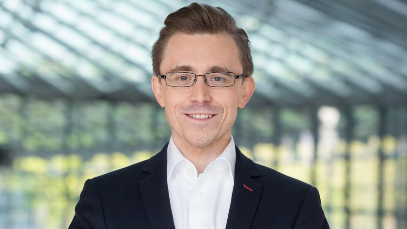 Paweł Cymcyk, analityk DNA Rynków
