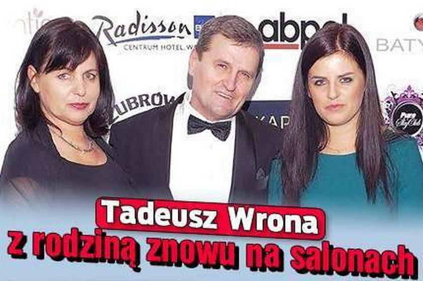 Tadeusz Wrona z rodziną znowu na salonach