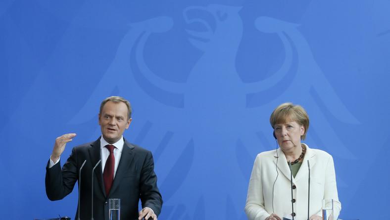 """Niemcy finansowali partię Tuska? Burza po okładce """"Wprost"""""""