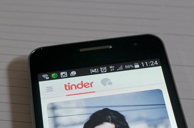 gay hookup aplikacija australijaDjevojka iz 10. razreda koja izlazi iz dječaka 9. razreda
