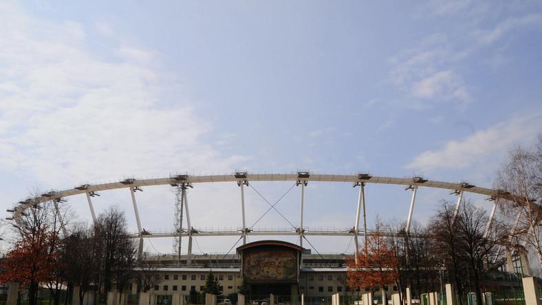 Stadion Śląski został otwarty 22 lipca 1956 roku. W meczu otwarcia Polska przegrała mecz towarzyski z NRD 0-2.