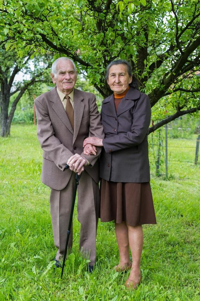 Parovi koji čuvaju tradiciju braka u Srbiji (ilustracija)