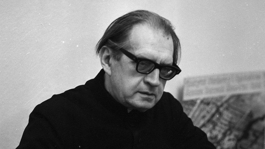 Ks. Jan Twardowski w 1980 r.