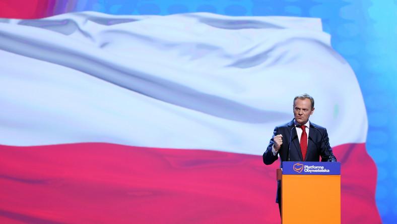 Poseł PiS zarzuca premierowi, że straszy Polaków