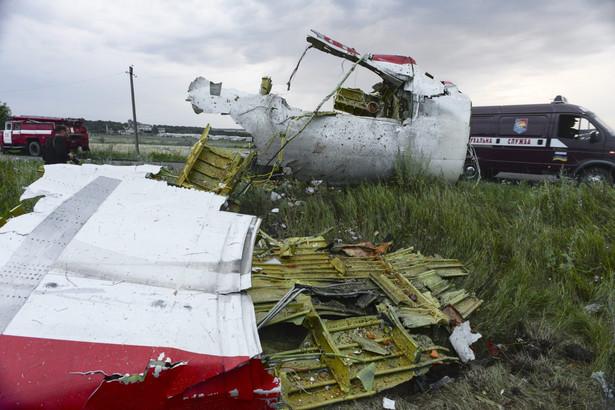 Boeing malezyjskich linii lotniczych został zestrzelony nad terytorium Ukrainy EPA/ALYONA ZYKINA
