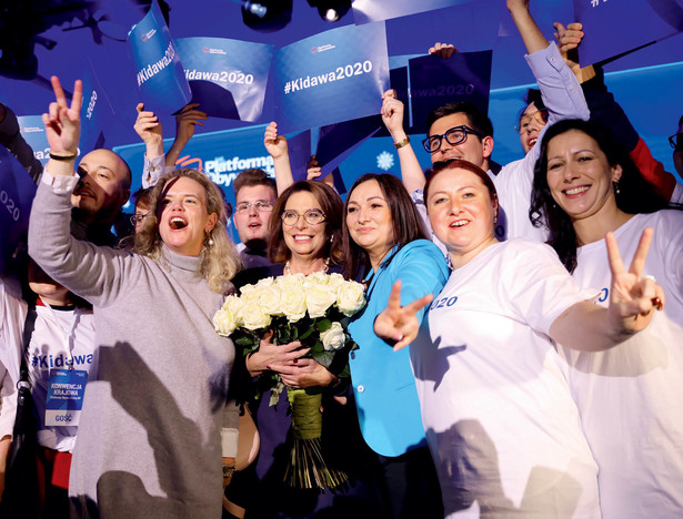 Małgorzata Kidawa-Błońska pokonała w prawyborach prezydenta Poznania Jacka Jaśkowiaka stosunkiem głosów 340 do 125