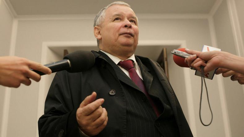 Jarosław Kaczyński: Rząd podważa konstytucję