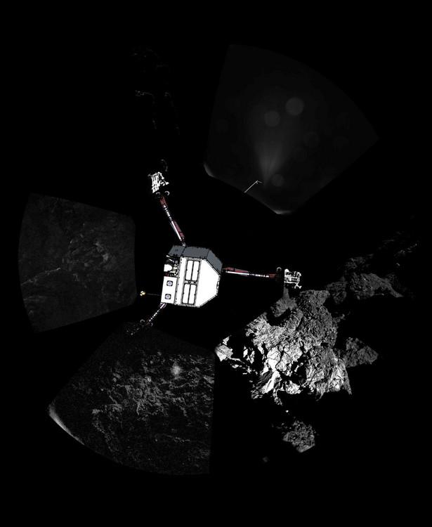 """Rosetta to sonda Europejskiej Agencji Kosmicznej (ESA). Maszyna miała za zadanie wejść na orbitę wokół jądra komety 67P/Czuriumow-Gierasimienko i umieścić na powierzchni tej komety lądownik. W trakcie misji badana jest materia, z której złożona jest kometa oraz obserwacje jej zachowań. Jednym z kluczowych pytań, które zadają sobie naukowcy z ESA jest """"czy komety mogły przynieść życie na Ziemię"""". Rosetta Mision. Fot. Copyright ESA/Rosetta/Philae/CIVA"""