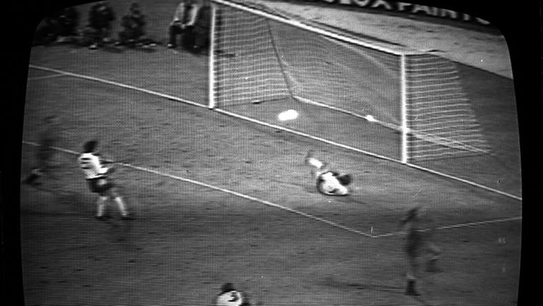 Jan Domarski strzela słynnego gola na Wembley