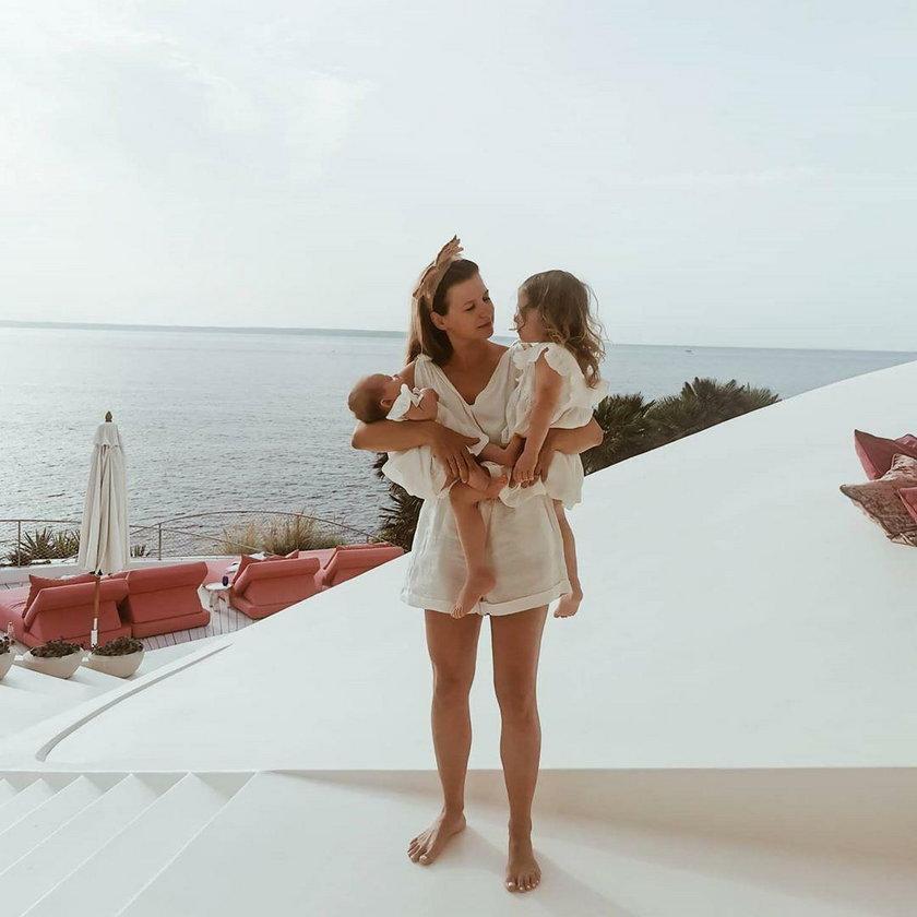 Lewandowscy na wakacjach. Pokazali zdjęcia z córkami