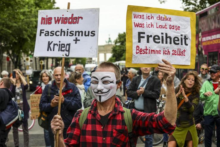 Berlin, protest, korona