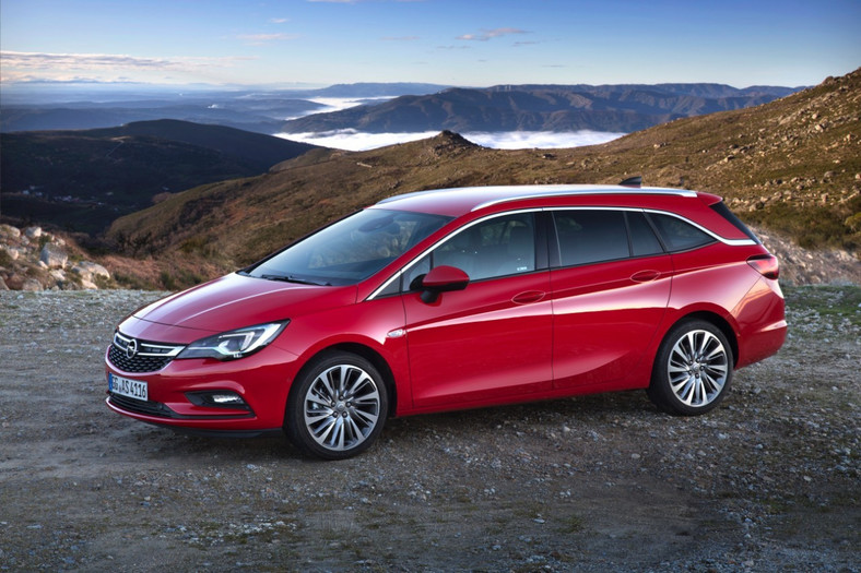 Nowy Opel Astra Sports Tourer