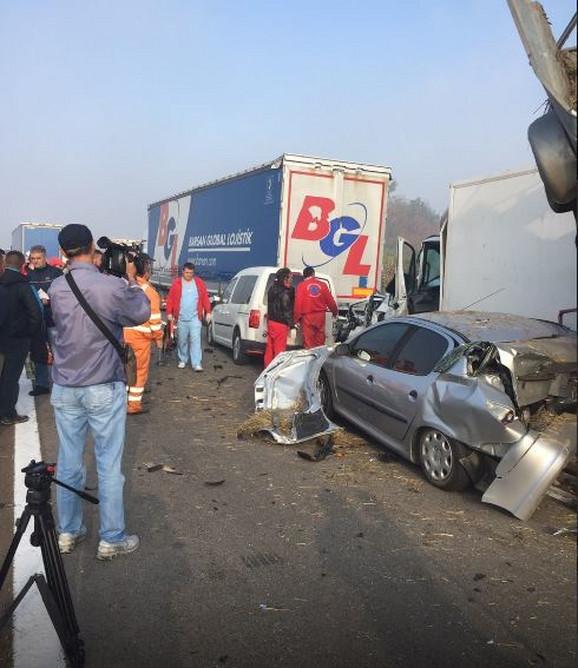 Nezapamćena trageduha na autoputu: Raste broj poginulih