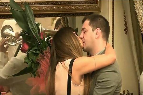 IVAN MARINKOVIĆ VERIO MILJANU, a onda se uključio njen otac i SASUO BRUTALNE UVREDE!