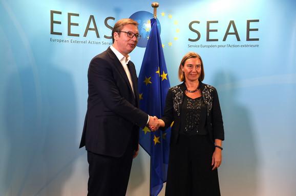 Aleksandar Vučić i Federika Mogerini