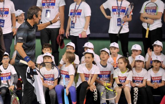 Mats Vilander na druženju sa mališanima