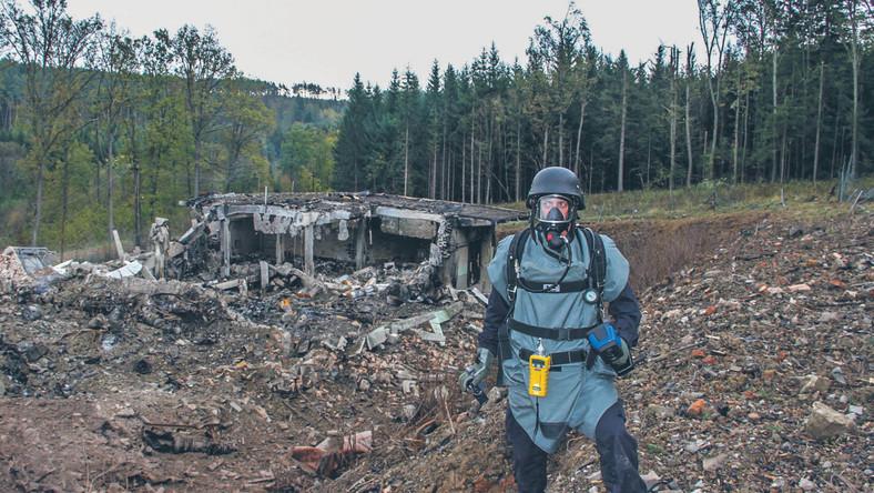 fot. Czech Republic Police/EPA/PAP Pozostałości po składzie amunicji, który został wysadzony przez Rosjan we Vrběticach w 2014 r.