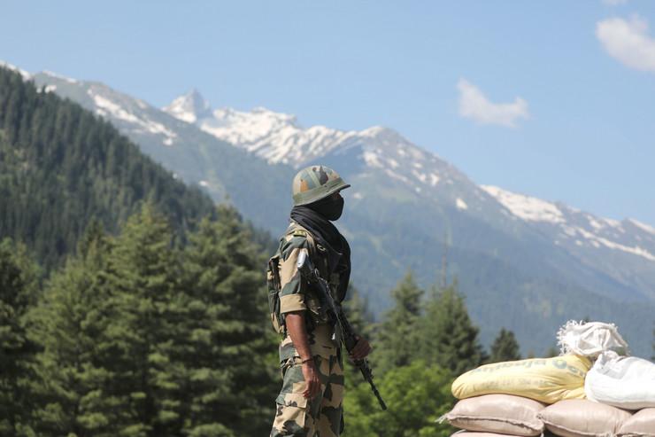 ZALUTAO NA INDIJSKU STRANU! Kineski vojnik zarobljen na zapadu Himalaja