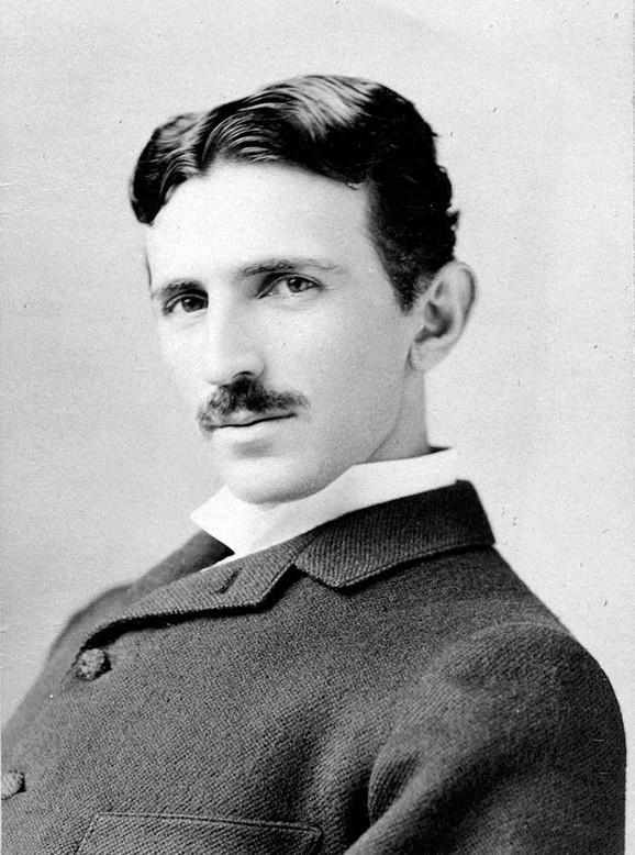 Nikola Tesla01 foto Wikipedia Napoleon Sarony