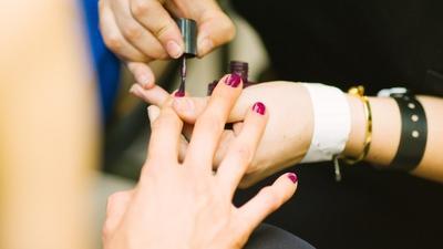Top wonder tricks to making your manicure last longer