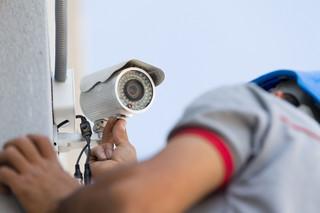 Ukryty monitoring dopuszczalny, gdy pracownicy kradną. Mimo wyroku ETPC ukryte kamery wciąż ryzykowne