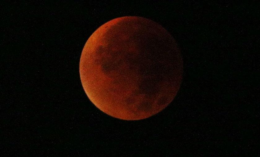 Krwawy Księżyc może spowodować emocjonalny rollercoaster