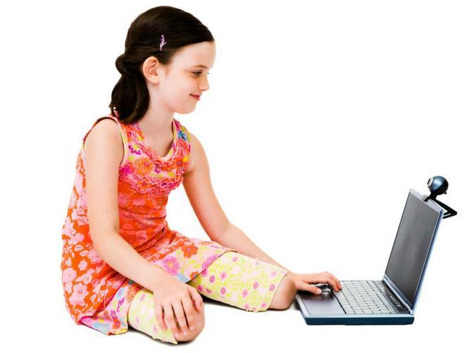 Dozvolila sam ćerkici da otvori Fejsbuk. I tako PEDOFILU otvorila vrata njene sobe
