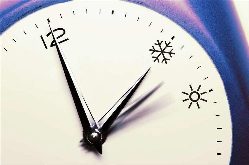 Dziś zmiana czasu. Czy ona ma sens?