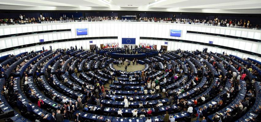 David Sassoli, szef Parlamentu Europejskiego, chce pozwać KE. Dlaczego?