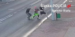 Dźgał kolegę nożem na ulicy. Mężczyznę uratował kierowca