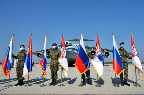 Doček ruskih aviona na batajničkom aerodromu
