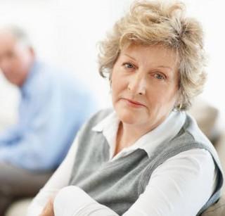 Nowy projekt resortu pracy: Wiek emerytalny podwyższony do 67 lat, ale uzupełniony o częściowe emerytury