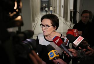 Kopacz: Politycy PiS mówiąc spokojnym głosem zachowali butę i arogancję