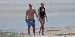 Prześwietliliśmy plażowe stylizacje Andrzeja i Agaty Dudów. Prawda może zaskakiwać
