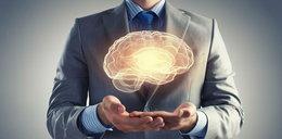 Tacy ludzie mają mniejsze mózgi. Grozi im poważna choroba